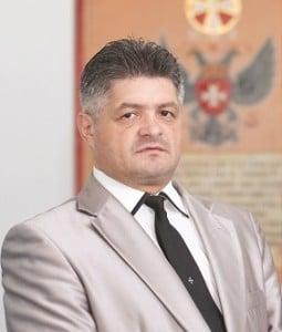 Dr. Secureanu